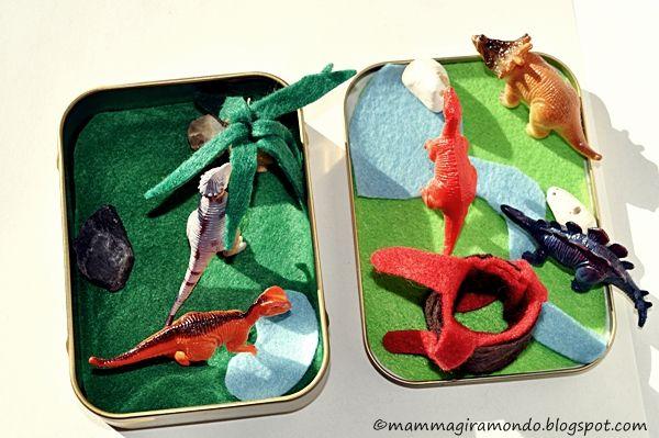 Dinosauri: Tutorial playset da viaggio e attività per bambini