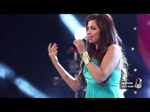Tujhme Rab Dikhta Hai by Shreya Ghoshal live at Sony Project Resound Con...