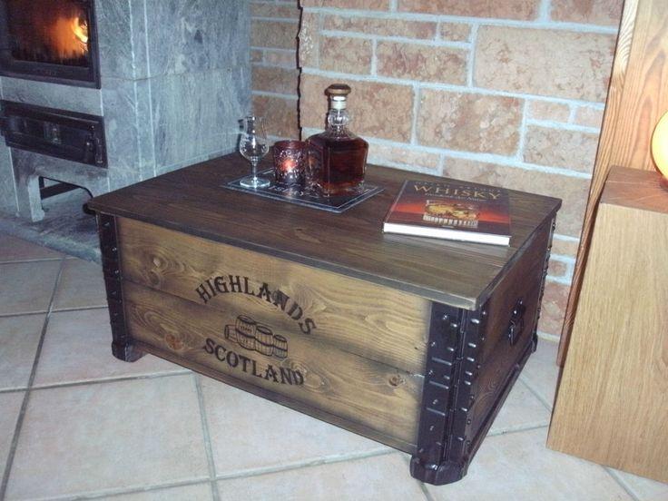 alte frachtkiste couchtisch vintage holztruhe m bel tisch shabby whisky landhaus couchtisch. Black Bedroom Furniture Sets. Home Design Ideas