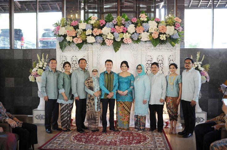 Blue and White Engagement at Rumah Ranadi - af1090