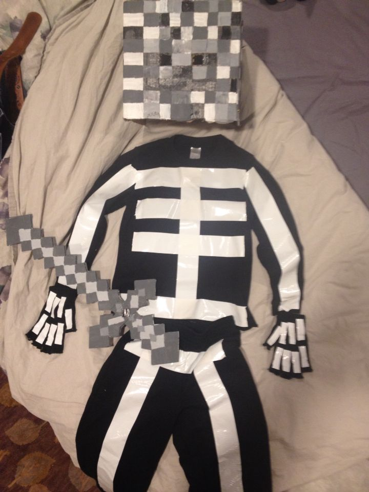 Parker Halloween 2014, 'wither skeleton' from Minecraft