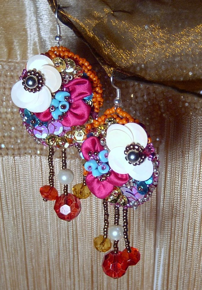 ORECCHINI earrings RICAMATI a MANO boucles d oreilles Perle fiori BOHO Ohrringe