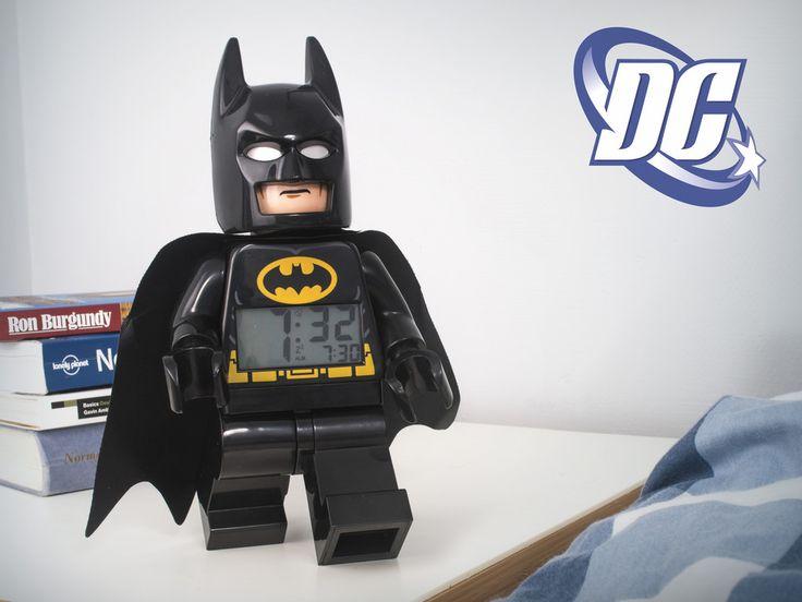 Lego DC Comics Vækkeur - køb dem hos CoolStuff.dk