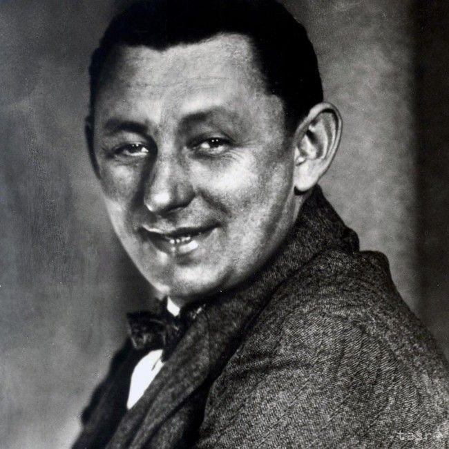 Herec Vlasta Burian, označovaný za kráľa českých komikov, prežil obdobie slávy aj potupu väzenia a zákaz vystupovania. Na jeho komediantstve sa však diváci zabávajú dodnes. V utorok uplynie od jeho úmrtia 55 rokov.