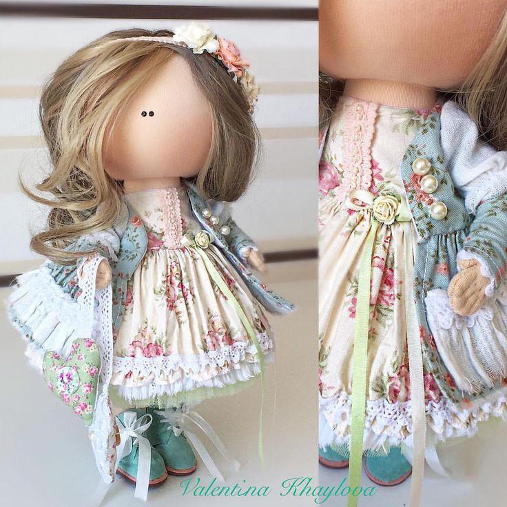 Не могу не показать малышку , которая готова к выходу  #kamchatka #handmade_bestwork #handmade #dolls #кукла #камчатка #кукланазаказ #кукольныймир #куклавподарок #тильда #текстиль #текстильнаякукла #куклаизтекстиля #подарокдлядевочки #подарокдлядевушки #интерьер #инстаграм #декор#девочки #кукларучнойработы #сделанослюбовью#интерьерныекуклы #интерьернаякукла#ярмаркакукол#миркукол#инстаграмроссии#handmadedoll#instadoll #instagramrussia#ярмаркамастеров
