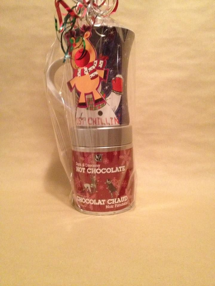 #Epicure Dark & Dreamy Hot Chocolate Mix with a Christmas Mug. (For Sale)