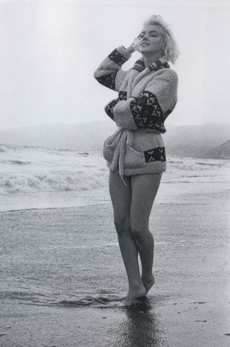 "7-13-1962 Santa Monica California. ""Mexican Jacket"" photo shoot by photographer George Barris of Marilyn Monroe. 021/3. Image 17-89"