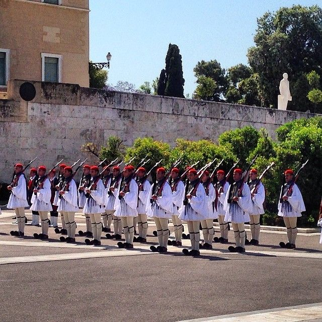 """Sunday morning #parade #in_athens #lovinggreece #proudgreeks #travel_greece #wu_greece #ig_greece #team_greece #gf_greece #insta_greece #life_greece…"""