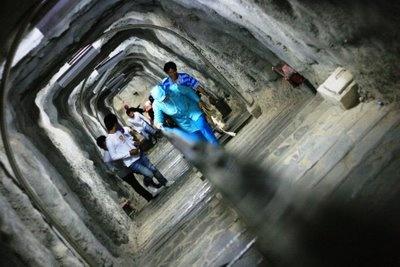 Gua Jepang di Sumatera Barat, terowongan pertahanan yang dibangun jaman perang oleh Jepang. (Japanese Cave, Sumatera Barat, wartime defensive tunnels built by Japanese.)