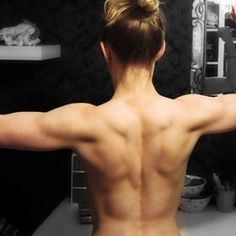 6 best exercises to sculpt your back. [ SkinnyFoxDetox.com ]