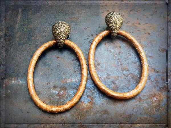 #EARRINGFASHION ❤️ ►►► #ONLINESHOP ≫≫≫ www.schmuck-reich... ►►► FACEBOOK ≫≫≫ www.facebook.com/schmuck.reichenberger ►►► #uhren #schmuck #burghausen ►►► #glamearrings #earcandy #earringaddict #earrings  #fashionearrings #trendearrings #leatherearrings #schmuckstück #schmuckliebe #ohrschmuck #ohrringliebe #ohrringe #jewelry #luxuries #jewelrymakestheoutfit #schmucktrends #trendschmuck #fashionjewelry #onlineshopping #shopping #schmuckshop #schmuckblog #kmoparis #snakeleather