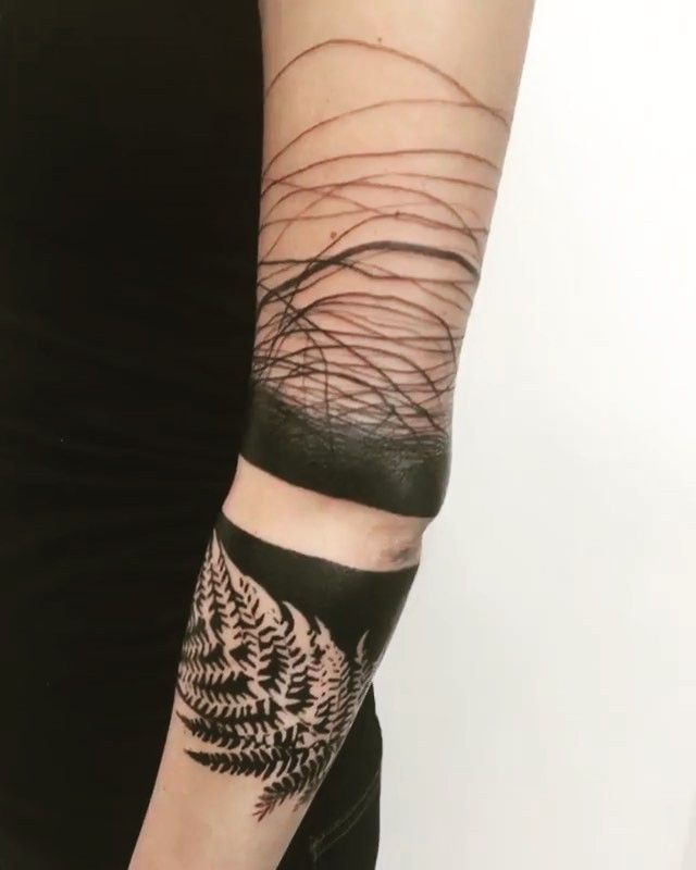 Really Cool Abstract Lines Line Tattoos Abstract Tattoo Designs Abstract Tattoo