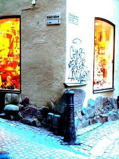 Street Art of North: Katutaidetta tuhat vuotta sitten ja puoli vuotta sitten: Prästgatan