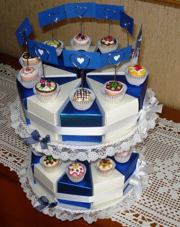 Torta-bomboniere.