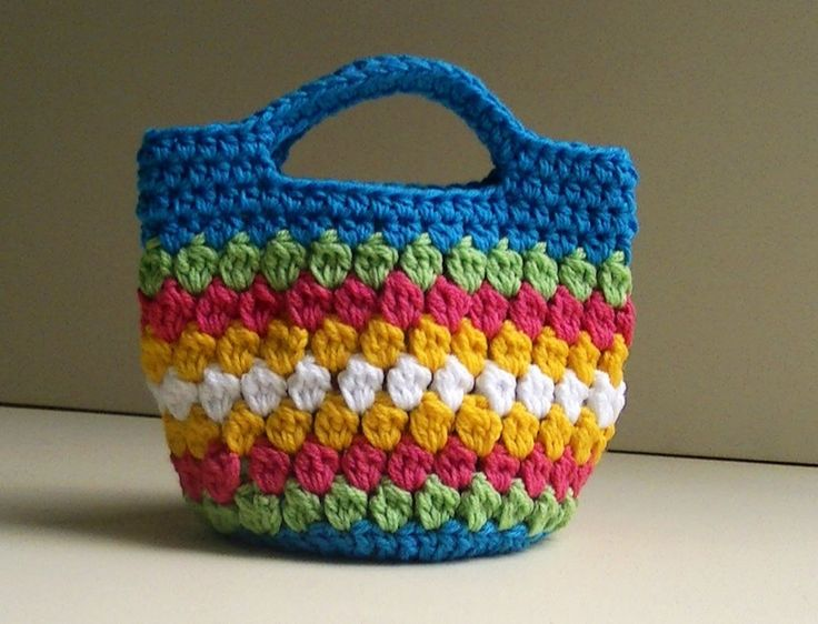 Cluster Stitch Bag Crochet Tutorial - video, with link to written pattern. good to use up bits of leftover yarns