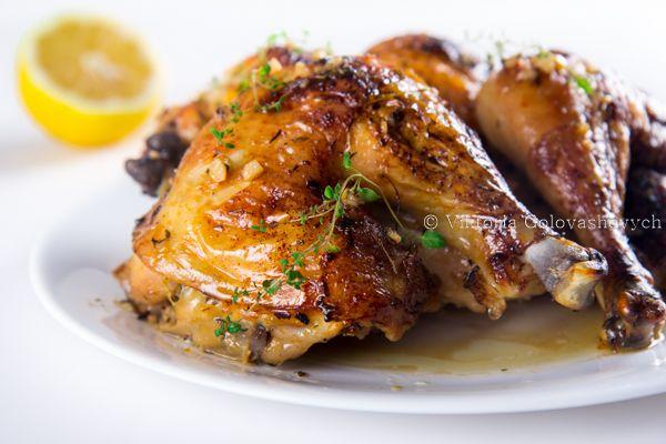 Цыпленок с чесноком, тимьяном и лимоном от Юлии Высоцкой