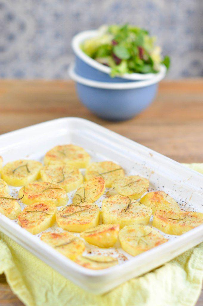 Patatas asadas al horno perfectas como guarnición.