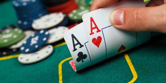 Poker A Game Teaching Life Lessons Poker Permainan Kartu Kartu
