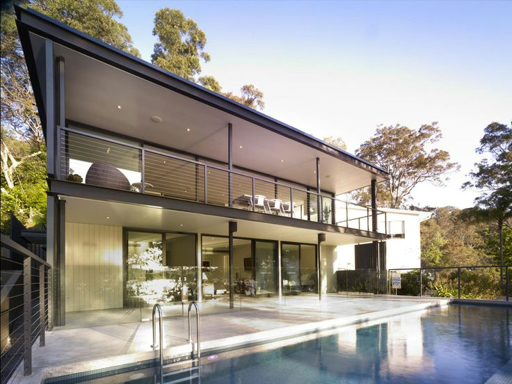 Clareville House project by Joshua Mulders Architects #timberveneer #pool #cladding #housedesign #designinspiration  http://digitaledition.lighthome.com.au/#folio=16