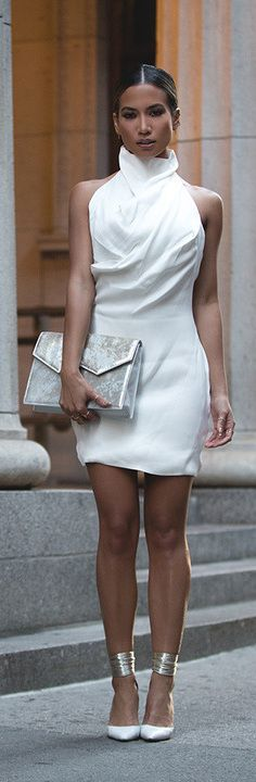 White and Silver is a beautiful combination. Stylish outfit for special occasion. #fashion #SCbyJoanna