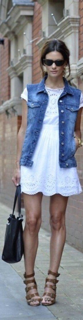 Sleeveless jean jacket, white short-sleeved dress, nude sandals. Fresh look.