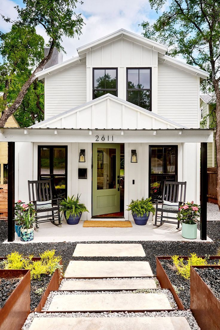 6 Essential Curb Appeal Ideas For Front Porches With Images White Exterior Houses House Exterior Modern Farmhouse Exterior