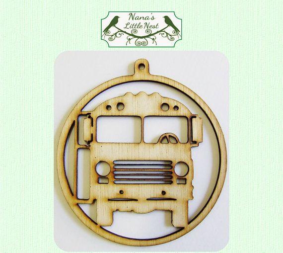 Autobus scolaire ornement  Laser Coupe du bois par nanaslittlenest