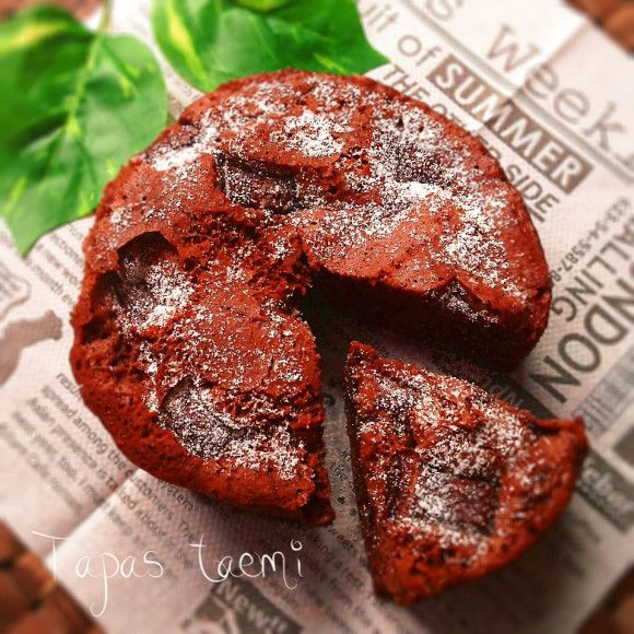 レンジで3分!混ぜるだけの超簡単チョコレートケーキ♡レシピ
