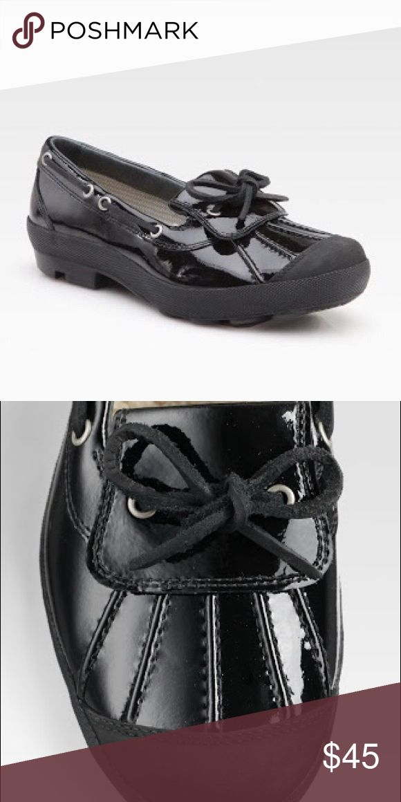 Ugg Womens Black Ashdale Patent Leather Rain Shoes These are so cute and warm! I'm just sad they're a size too big for me 😭. Size 9 They are like new UGG Shoes Winter & Rain Boots