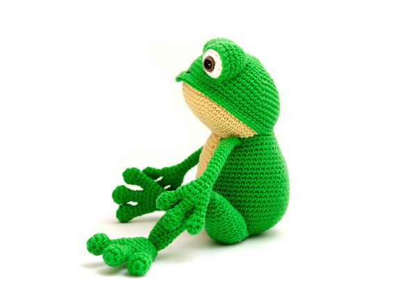 This is Fritz the Frog. He is very flexible (especially his legs) and is fond of yoga. But he also loves to lay down and relax in the grass. Or even better... in your bed!  With this crochet pattern you can make your own frog! The pattern is in pdf format and provides detailed step-by-step instructions in standard American terms, with 32 photos to help you along the way. Skill level: easy to intermediate; the most difficult part is to crochet the fingers, because they are tiny. The rest of…