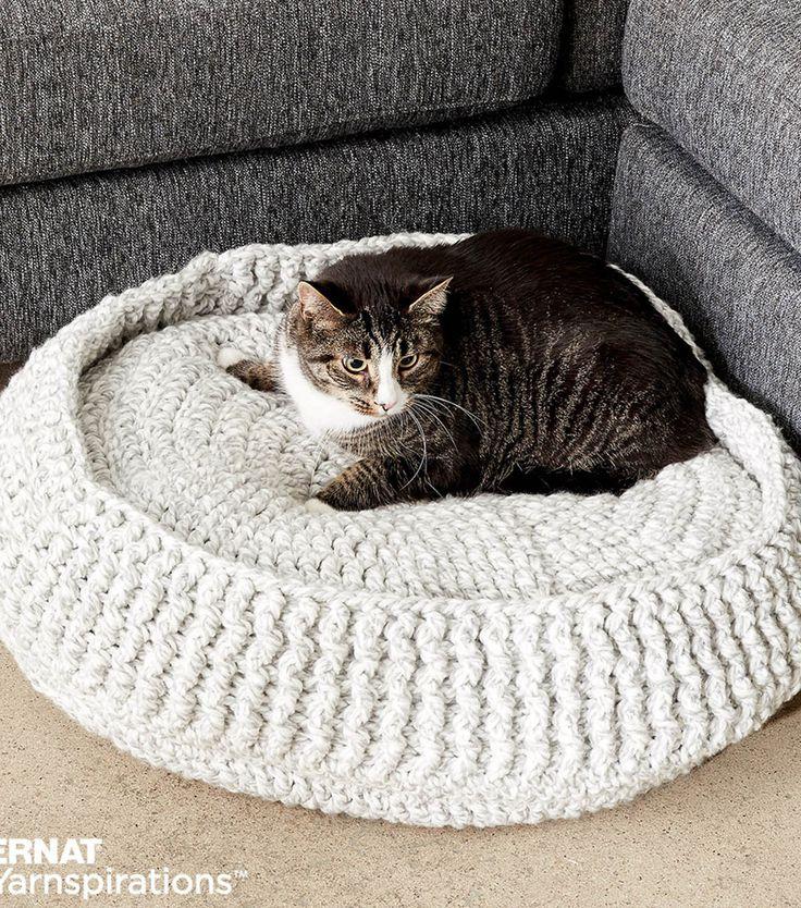 Make A Crochet Pet Bednull