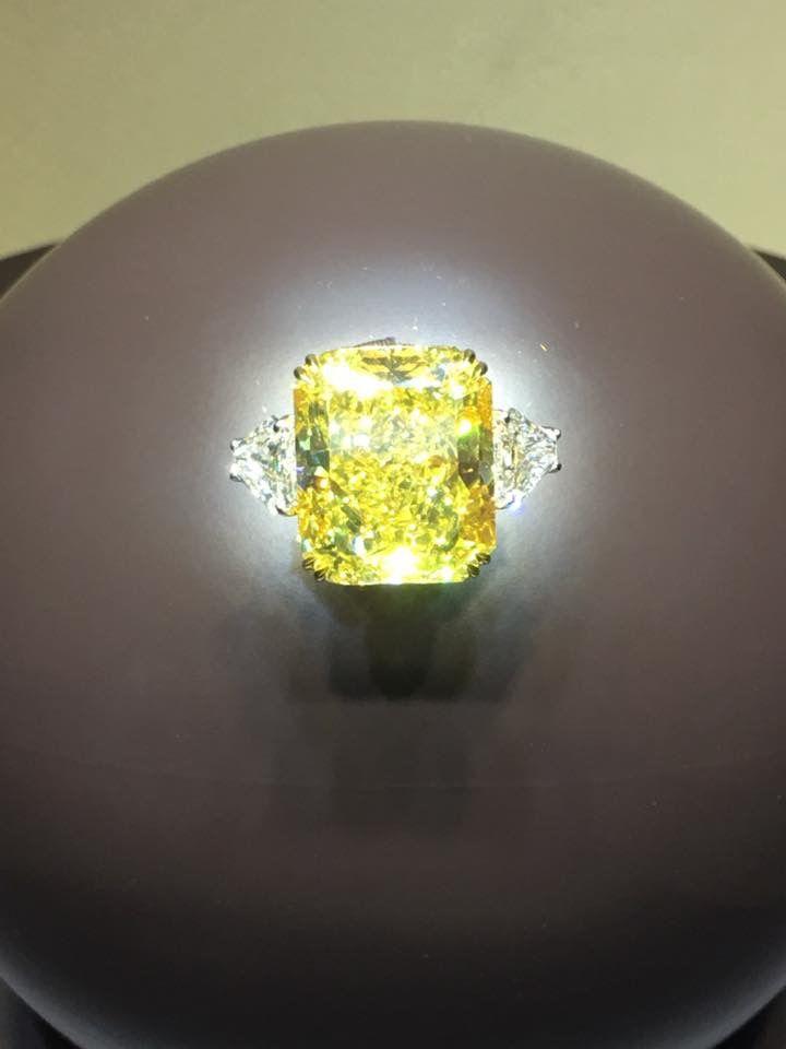 Yellow fancy diamond 37,33 ct