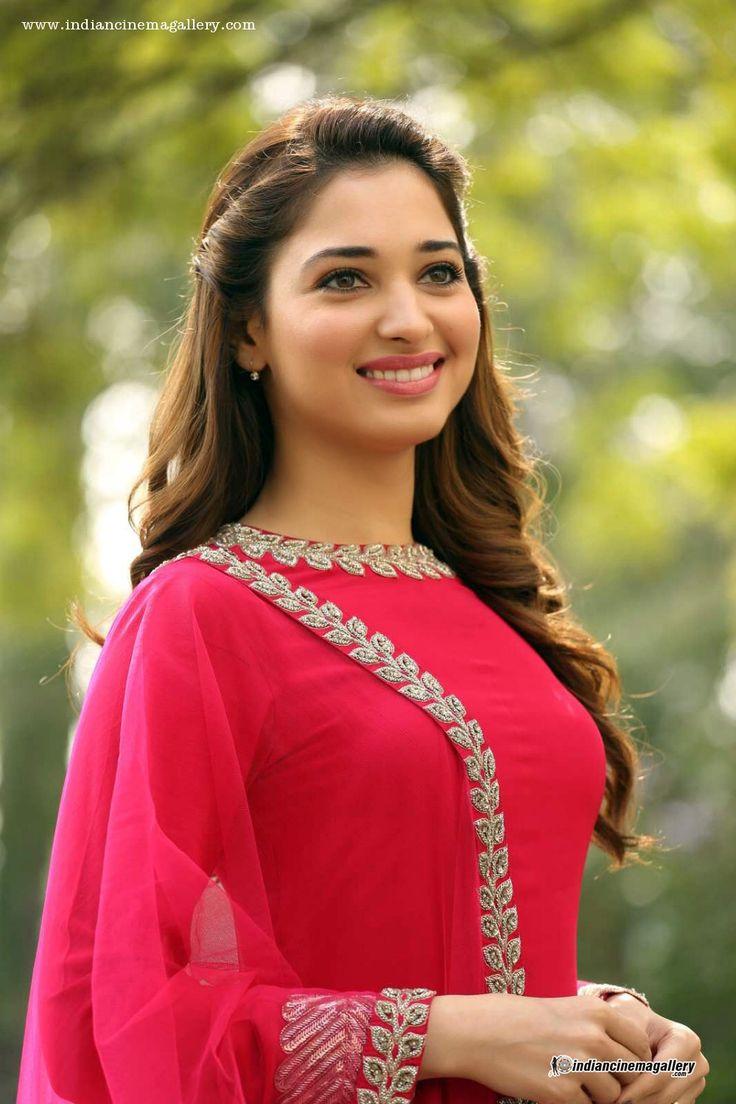 tamanna-bhatia-in-red-salwar-stills-(1)