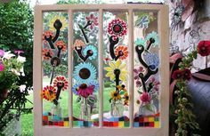 Winsome+window+mosaics,+for+the+garden