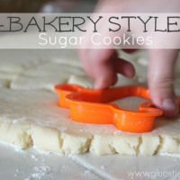 Bakery-style sugar cookies (& frosting recipe) -- butter, shortening, cake flour... No need for chilling