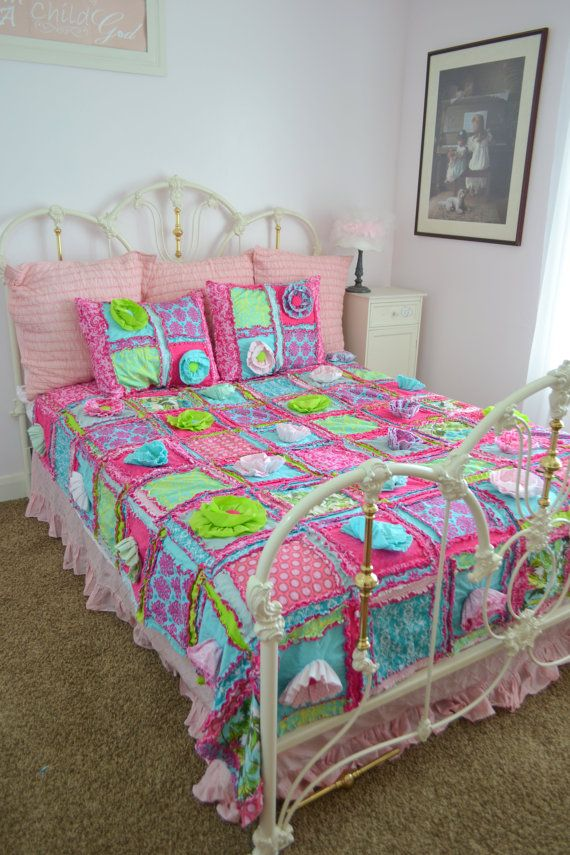 Hey, I found this really awesome Etsy listing at https://www.etsy.com/listing/202274850/twin-size-rag-quilt-with-ruffle-flowers