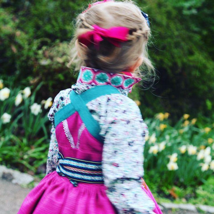 The Norwegian national day 17th of may. #17mai #beltestakk #rekonstruert #beltestakk #beltestakktilbarn #beltestakkskjorte #beltestakkfratelemark