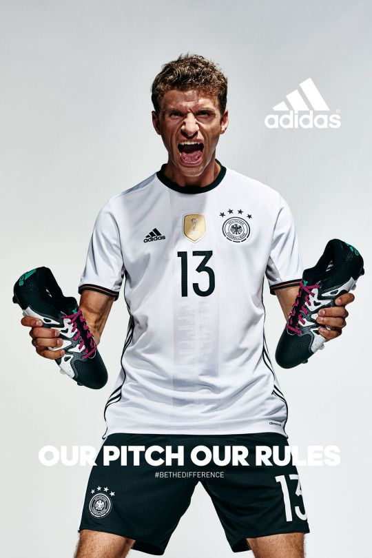 Being the Thomas Müller
