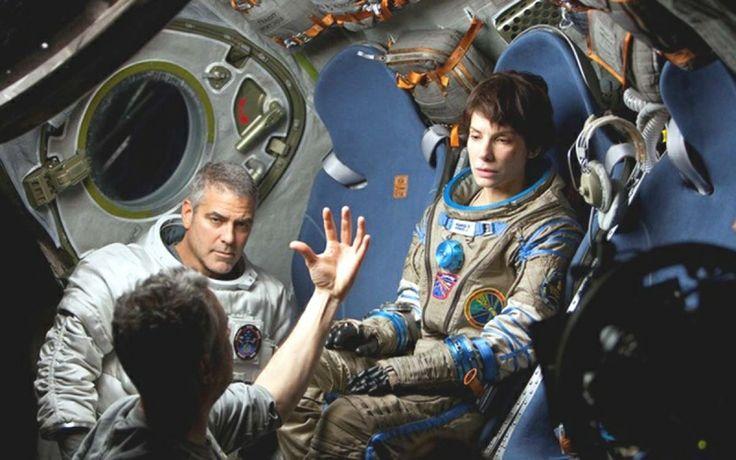 Το Όσκαρ Οπτικών Εφέ κέρδισε το Gravity, τα οπτικά εφέ της ταινίας δημιουργήθηκαν από την Βρετανική εταιρία Framestore. http://www.peoplegreece.com/photo-gallery/oskar-2014-nikites-tis-vradias/