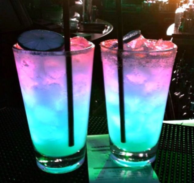 108 best GLOW IN THE DARK images on Pinterest Neon party Drinks