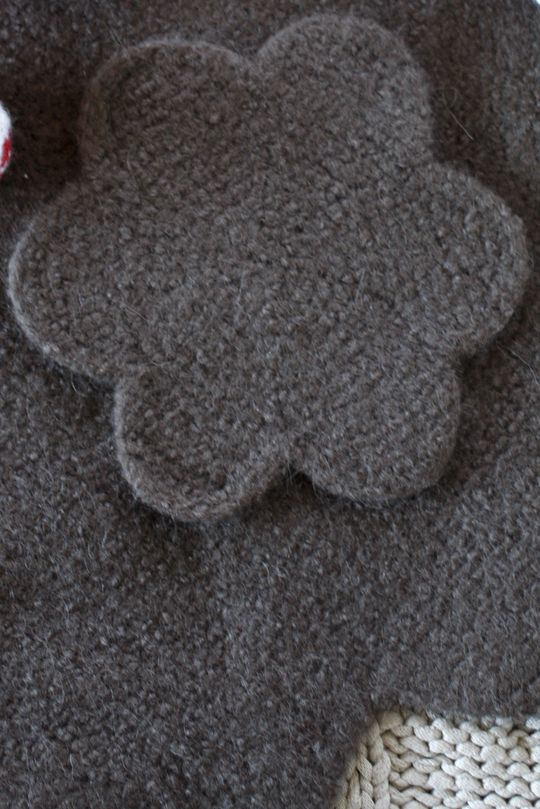 Novita felting ideas, pot coaster made with Novita Joki (River) yarn #novitaknits https://www.novitaknits.com/en