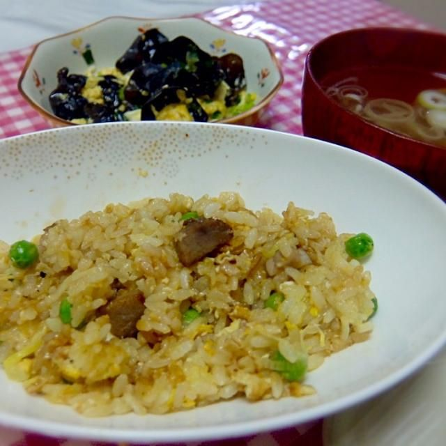 Pork Fried Rice, Jew's Ear and Eggs, Chinese Soup - 18件のもぐもぐ - 2015/04/19 お夕飯叉焼と葱の炒飯、木耳と玉子炒め、定番の中華スープ by kayorina