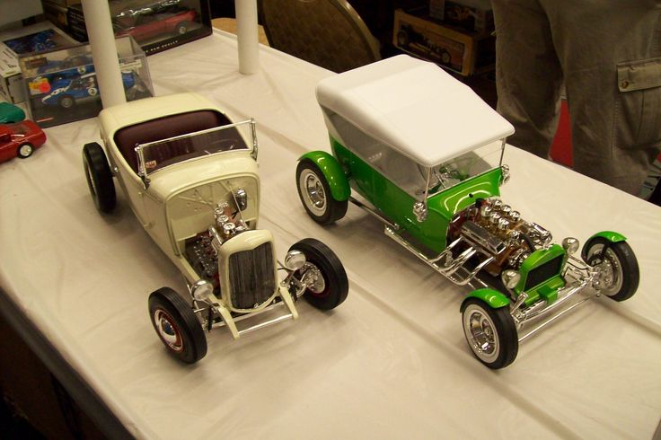 1/8 scale models Model Cars, Comics, Hobby Stuff