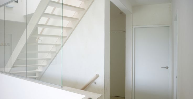 Meer dan 1000 idee n over buiten trappen op pinterest trappen buiten en bielzen - Restyle houten trap ...