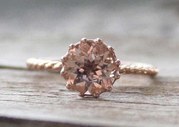 Solitaire Peachy Pink Cor-de-Rosa Morganite Twist Ring in 14K Rose Gold
