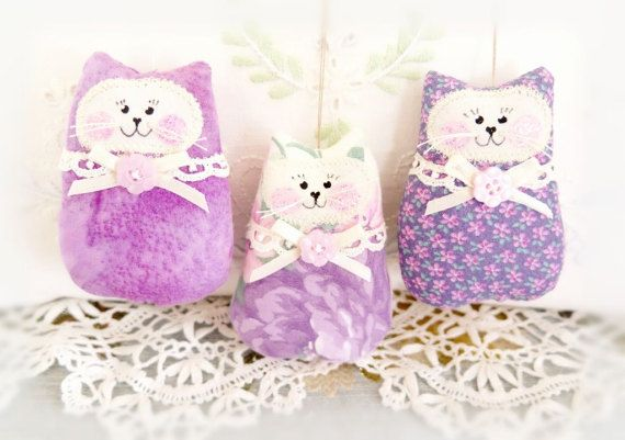 CAT Ornaments Set of 3  Lavender Lilac Purple Bowl Fillers