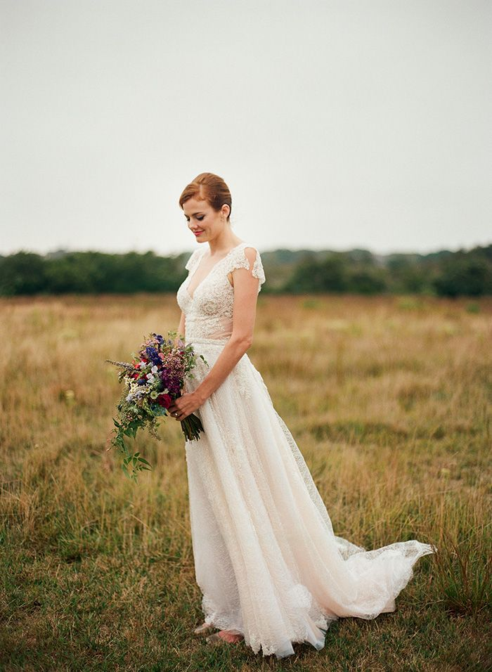Moody Nantucket Bridal Photos  https://heyweddinglady.com/colorful-chic-nantucket-wedding-day/  #wedding #weddings #weddinginspiration #realwedding #weddingday #nantucket #colorful #brides
