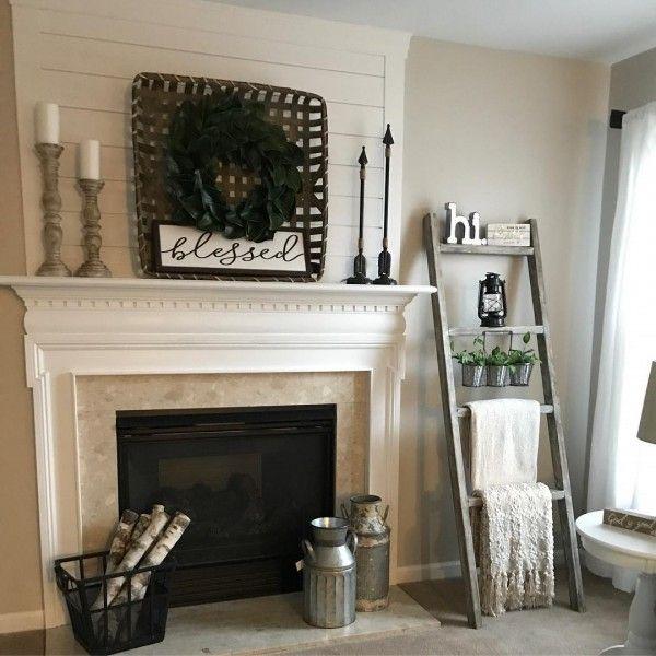 30 charming farmhouse living room ideas to try at home - Bcherregal Ideen Neben Kamin