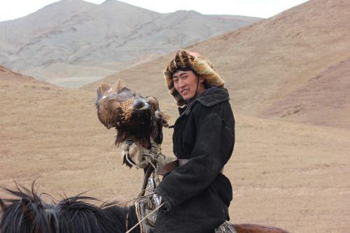 Visiting the Eagle Hunters of Western Mongolia  100daysofstories.com  #100daysofadventurestories