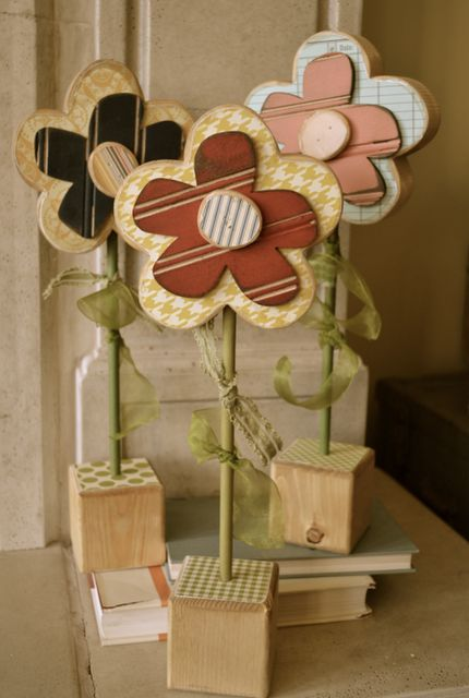 wood flowers Like our Facebook page! https://www.facebook.com/pages/Rustic-Farmhouse-Decor/636679889706127